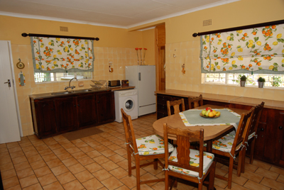 longtom-farm-guesthouse-units